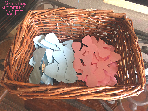 These gender reveal bows are perfect for guests to wear their guess at a gender reveal party!