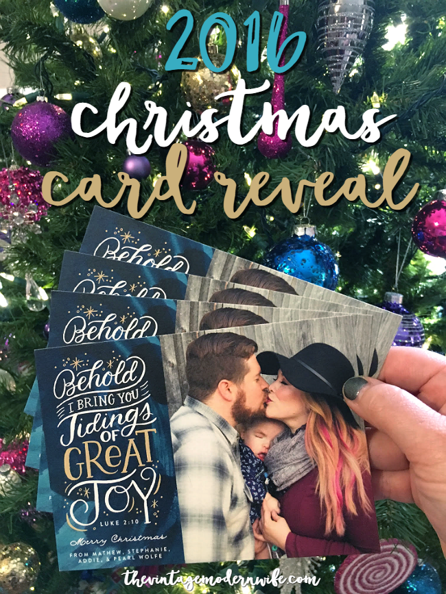 Looking for Christmas family photo shoot inspiration? This Christmas card reveal has some beautiful ideas with gorgeous cards from Minted!