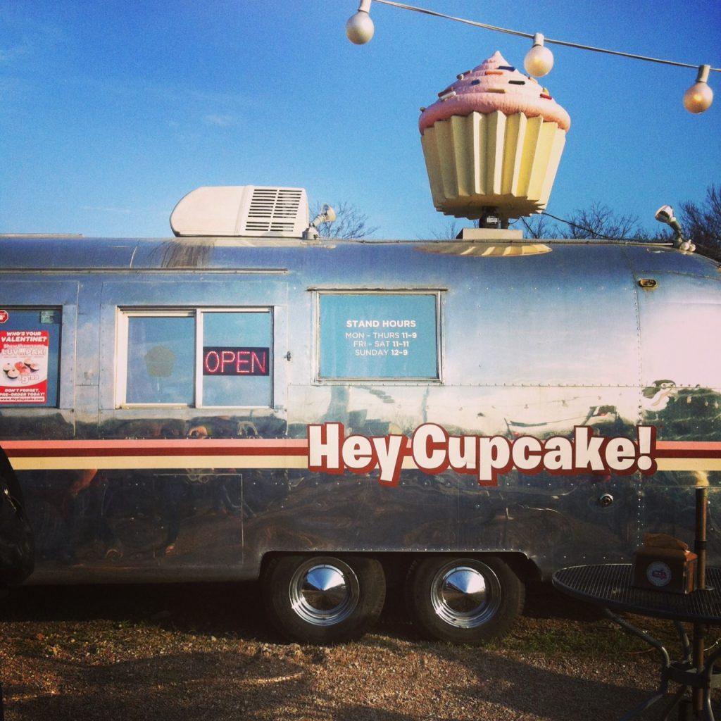 Hey Cupcake trailer