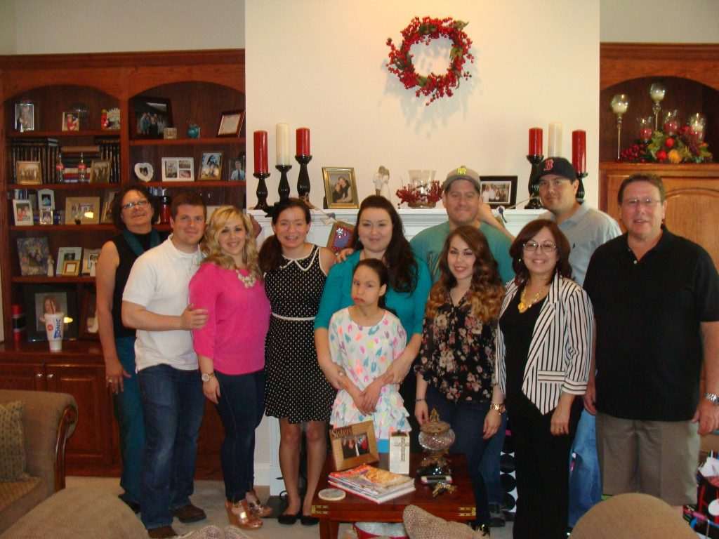 the family- aunt dodie, mathew, me, my niece taylor, my niece hayleigh, my sister arlene, my brother in law jason, my sister heather, my brother chris, my mom, and my dad