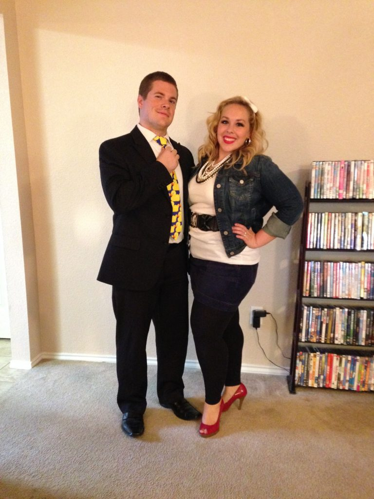 Love this Halloween couple's costume idea by The Vintage Modern Wife- Barney Stinson and Robin Sparkles from HIMYM