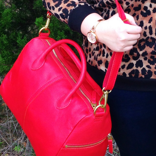 The Erin satchel from Fossil is so beautiful! Red, leather, and lots of pockets? What's NOT to love?! #FossilStyle