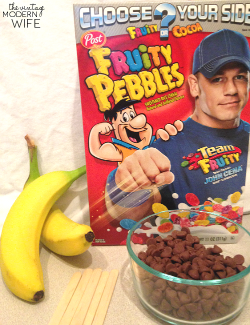 Make your own Fruity Pebbles Monkey tails with just a few pantry ingredients! The Vintage Modern Wife shows you how easy it can be to make a fun, springtime dessert that the whole family will enjoy! #pmedia #postwalgreens #ad