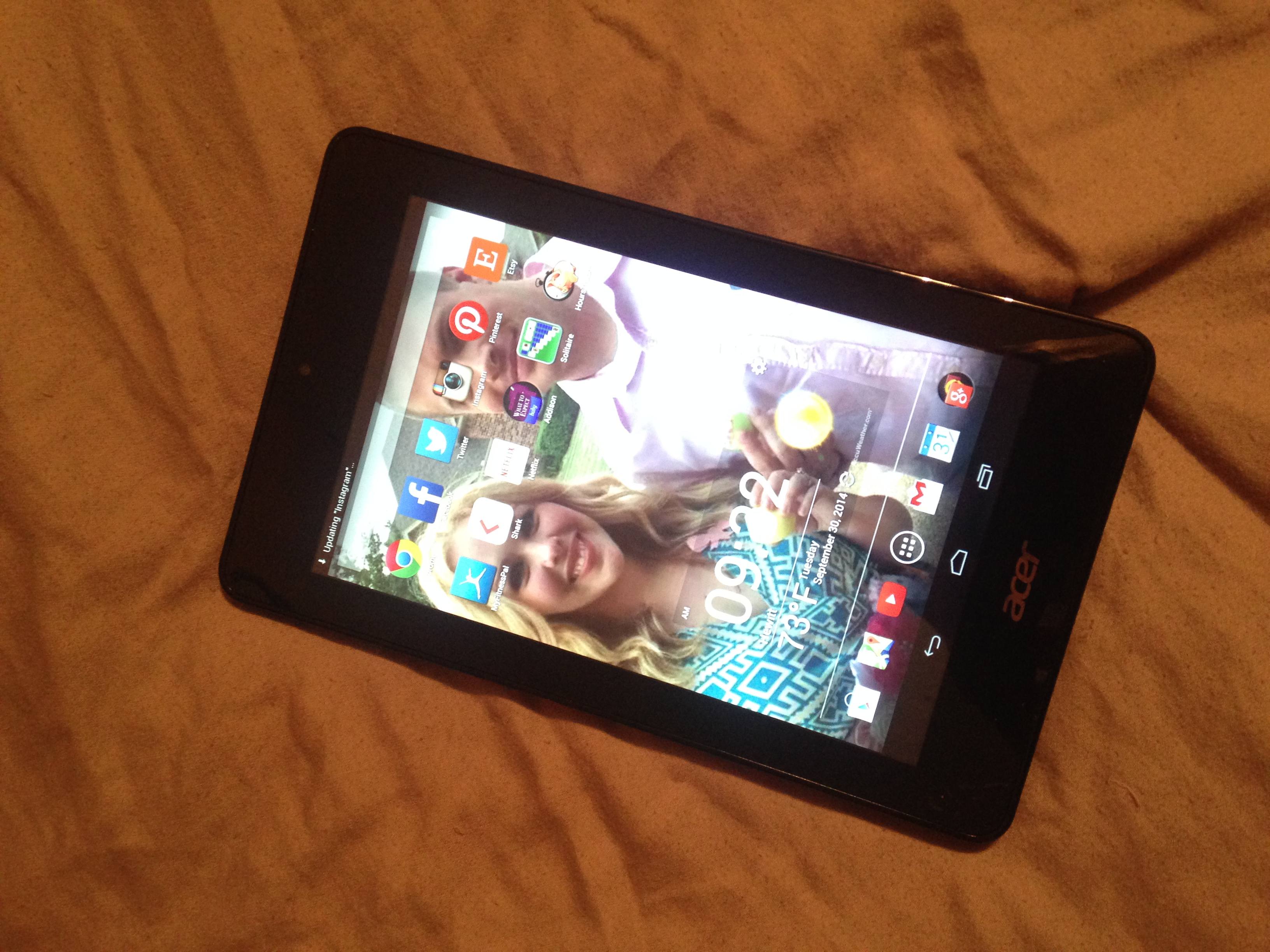 Love my Acer tablet from Intel!  Amazing apps, fast charge, and easy to use!