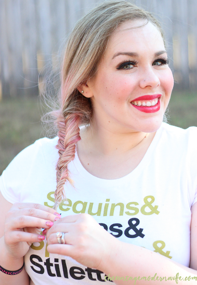 This fishtail braided chignon tutorial by The Vintage Modern Wife is SO easy and I'm able to do it in 5 minutes! She breaks it down into a few easy steps that helped me take my hair from drab to fab! Plus, I love her pink and blonde hair! Check it out for #momhairmonday!