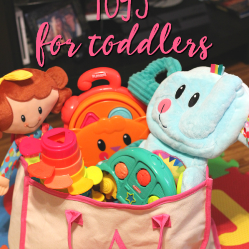 Looking for travel friendly toys for toddlers? These Playskool toys are convenient, fun, and perfect for travel! #PlayskoolOnTheGo