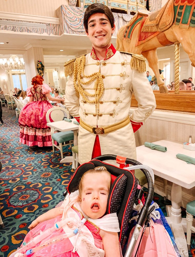 Heading to Disney World? Visit to see why dinner at 1900 Park Fare is a must on your Disney vacation!