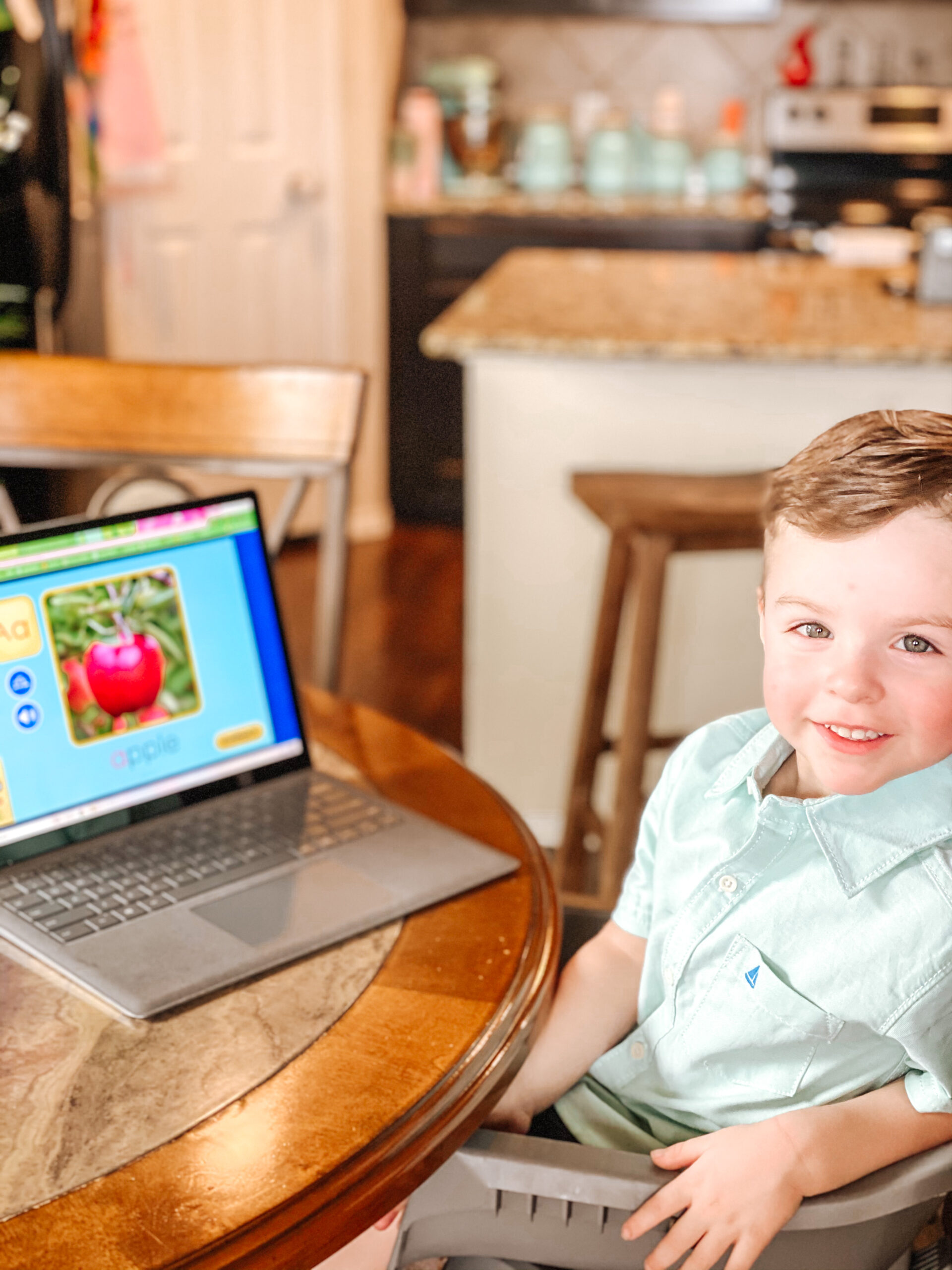 Why This Former Teacher Loves ABC Mouse