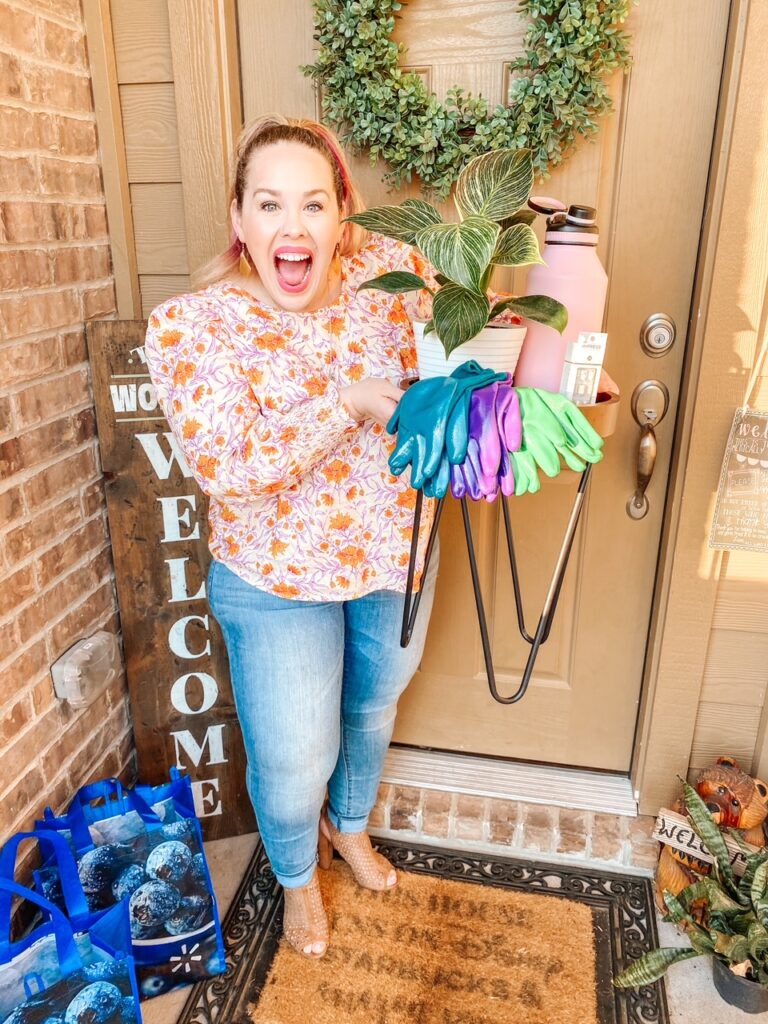 ad: You deserve to treat yourself. Moms always put themselves last. Want to splurge but keep a budget? Check out these fun springtime splurges with Walmart+ for $25 or less! Plus, get a FREE 15 day Walmart+ membership too!